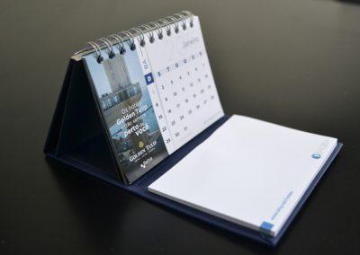 calendario-mesa-personalizado-03