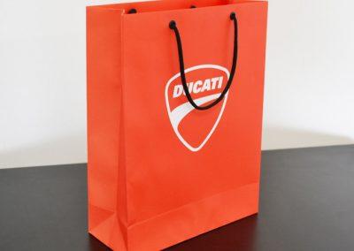 sacolas-papel-personalizadas-04